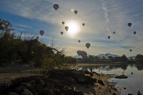 hot-air-balloon-1443343_1920